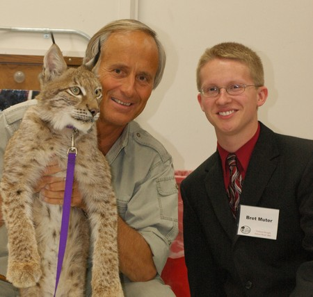 "Muter Doing Great Things: Bret Muter, a Ferris State alumnus and former Torch section editor, is shown above with Jack Hanna in 2005. Muter is a finalist for the ""Wanna Be Like Jack Hanna"" contest. Photo Courtesy of Bret Muter"