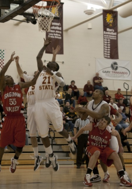 Breaking Records: Lou Williams, above during the Feb. 5 game, recently broke the Ferris State school record of 142 career blocks. Photo By: Kate Dupon | Photo Editor
