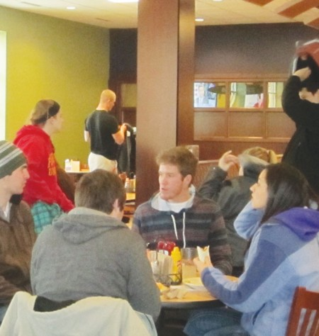 Crowds Everywhere: Students go to The Rock Cafe for not just food but to socialize. The Rock Cafe has a steady crowd all day long. Photo By: Katelyn Crain | Ferris State Torch