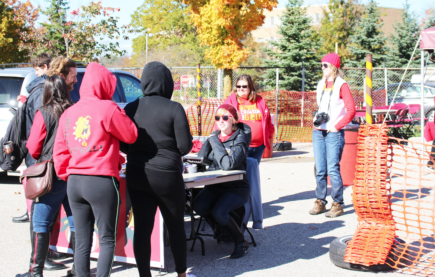 Ferris' office of housing and residence life, in collaboration with dining services, hosted a resident appreciation tailgate picnic before the Ferris State vs. Lake Erie football game. Residents and meal plan holders were able to bring their IDs to Top Taggert field and partake in free food and a long sleeve t-shirt giveaway.